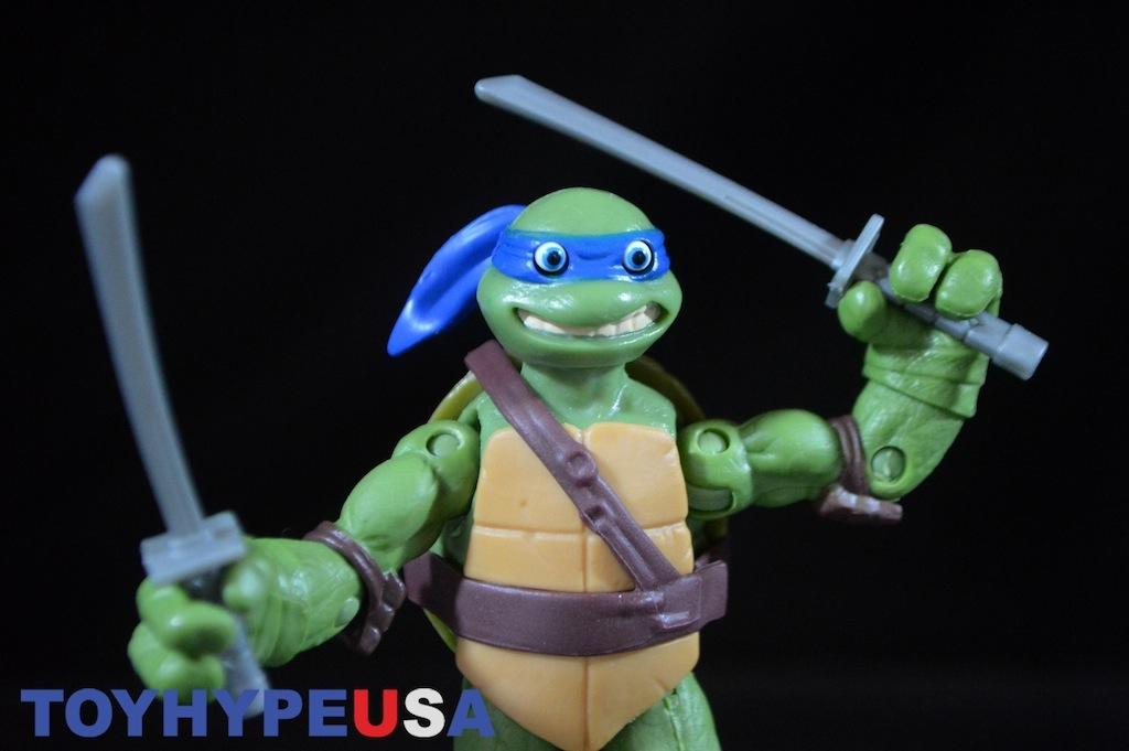 Toys 90625 Teenage Mutant Ninja Turtles Eyes Pop Out Leonardo