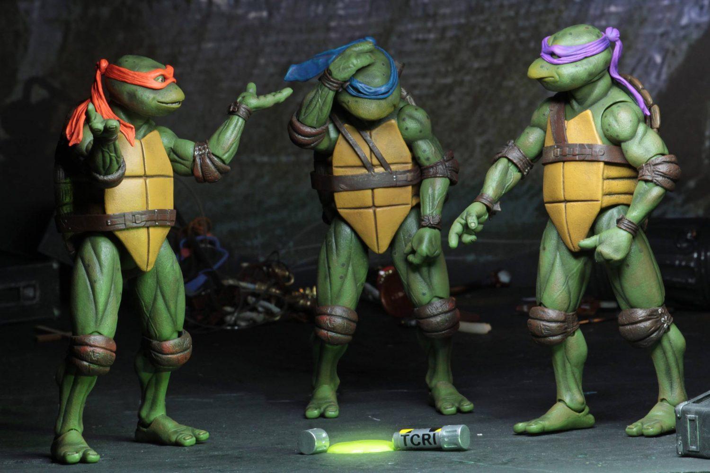Neca Toys Teenage Mutant Ninja Turtles 1990 Movie 7 Scale Figures