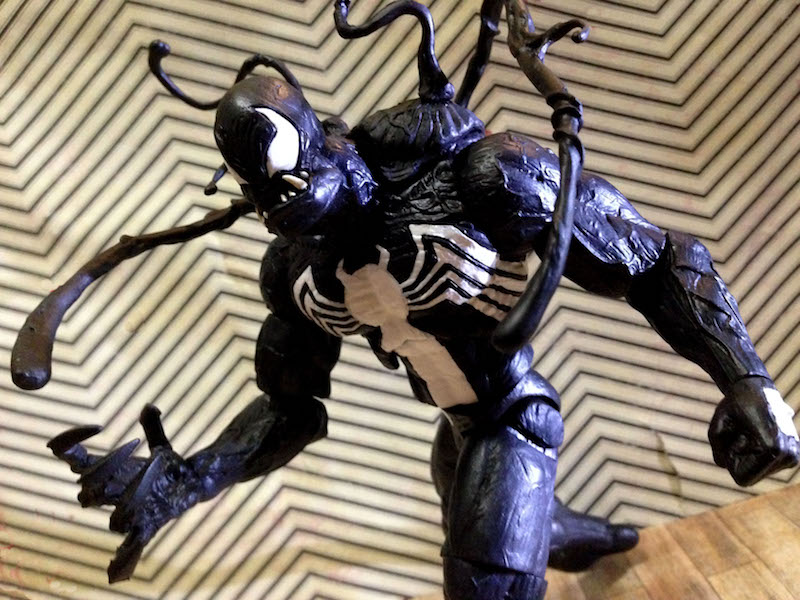 Diamond Select Toys Exclusive Marvel Select Venom Figure Is Now At
