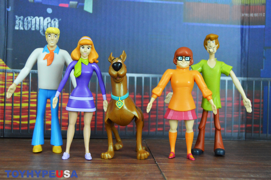 NJ CROCE Scooby-Doo Bendable Figures set of five 5300 SD