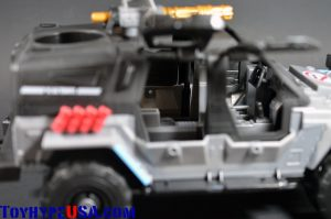 G.I. JoeCon 2014 Rescue Ops 4x4 Vamp Jeep 05