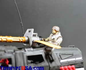 G.I. JoeCon 2014 Rescue Ops 4x4 Vamp Jeep 15