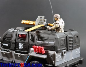 G.I. JoeCon 2014 Rescue Ops 4x4 Vamp Jeep 17