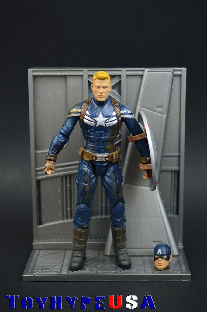 Marvel Select Captain America Battle Damaged Exclusive Review