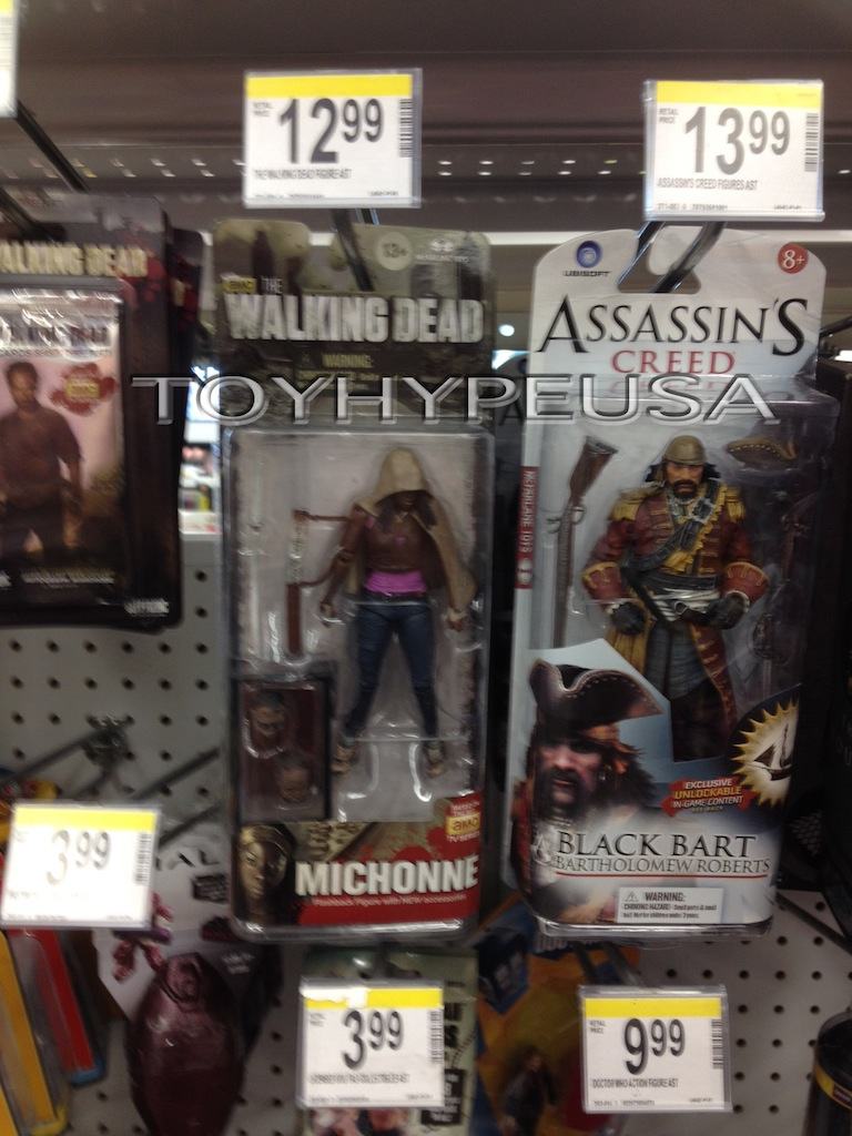 The Walking Dead TV Series 6 RV Zombie And Michonne Flashback Figures Found At Walgreens