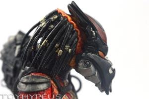 NECA Viper Predator 25