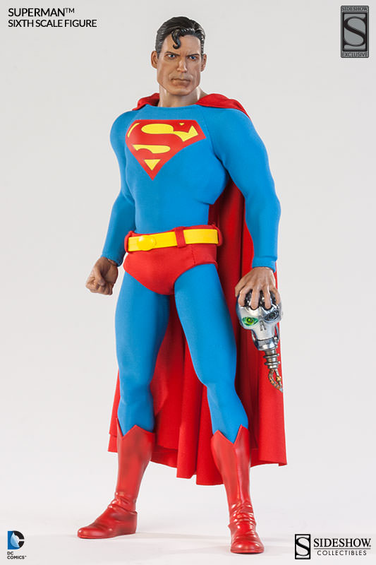 Superman Sixth Scale Figure New Images & Shipping Soon