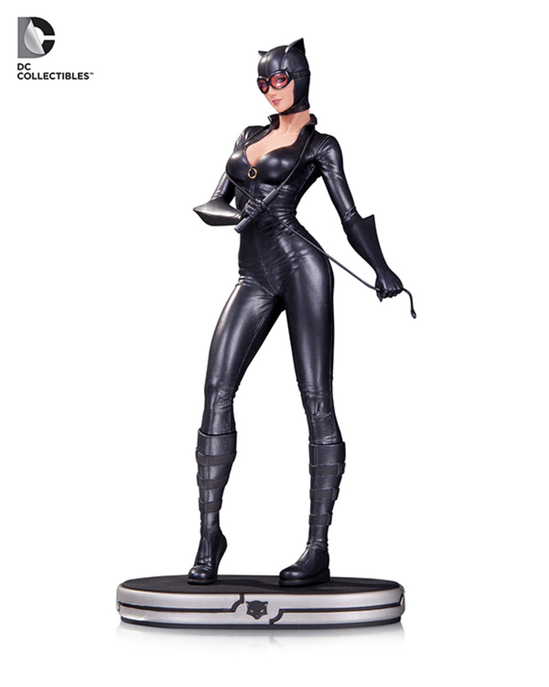 DC Collectibles Joker And Catwoman Statues Revealed