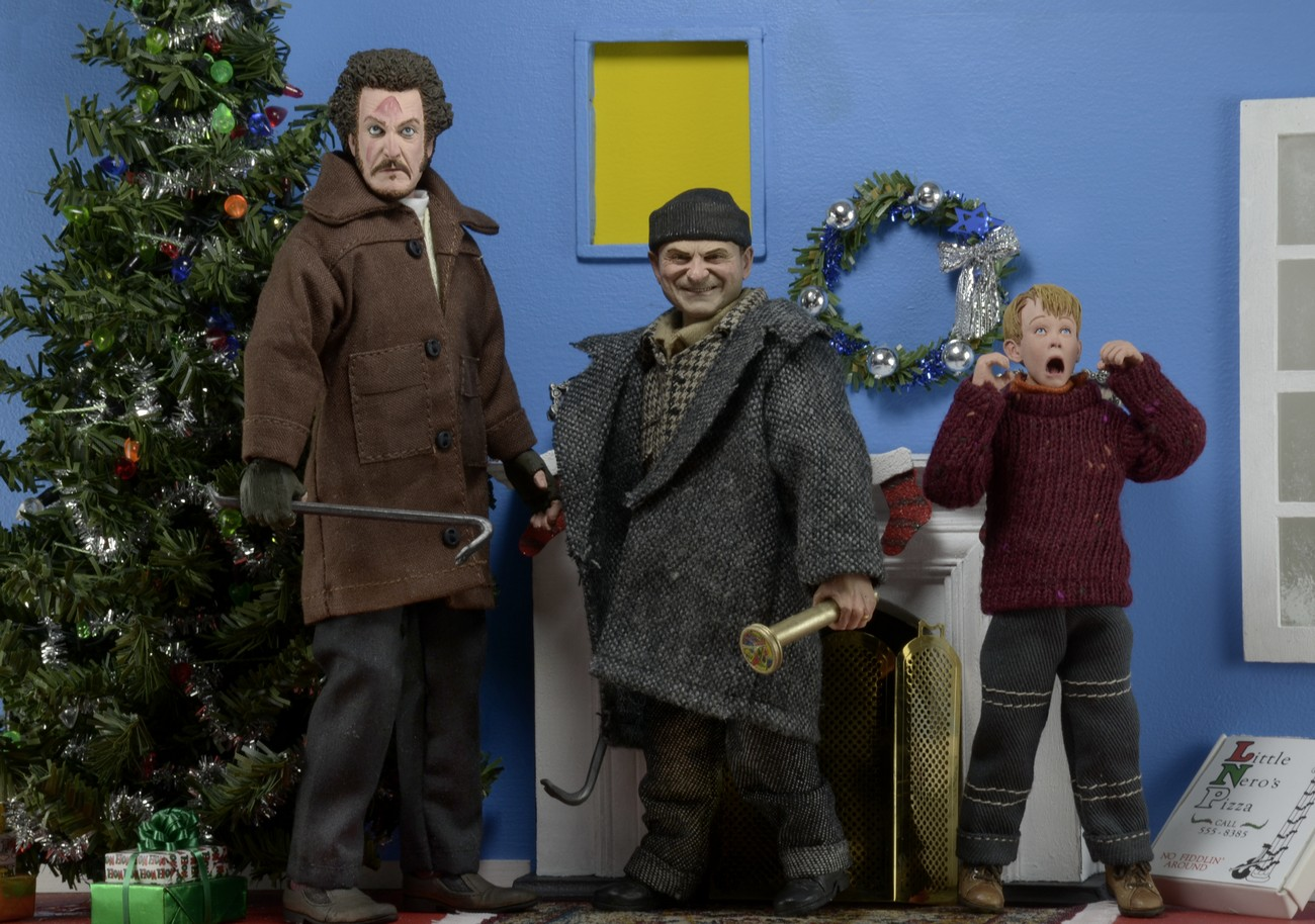 NECA Toys Home Alone 8″ Clothed Retro Figures Are Coming Back