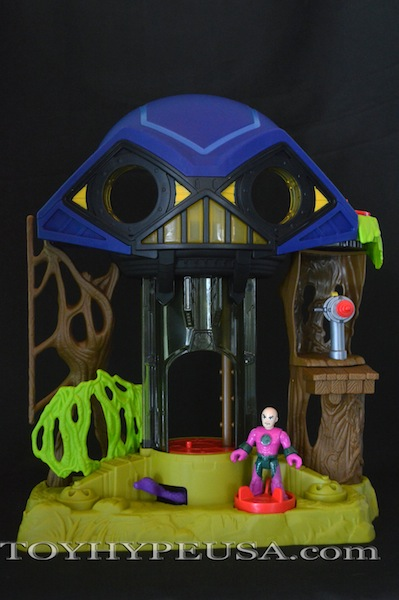 First Look: Fisher Price Imaginext DC Super Friends Hall Of Doom
