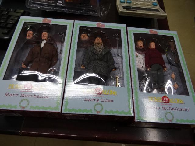 NECA Home Alone 8″ Figures Packaging Preview