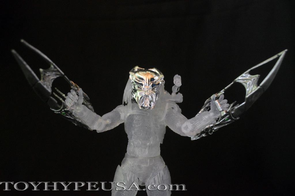 Convention Exclusive NECA Ambush Predator Review