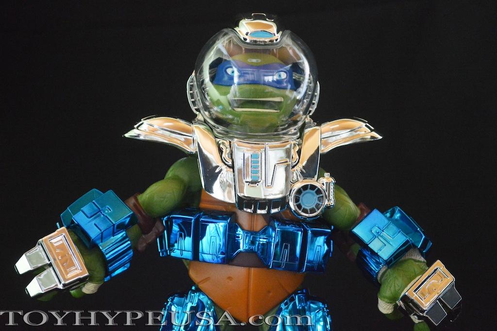 SDCC 2015 Exclusive Teenage Mutant Ninja Turtles Metal Mutants 11-Inch Leonardo Review