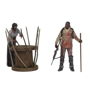 Walking-Dead-TV-S8-Morgan-and-Impaled-Walker-003