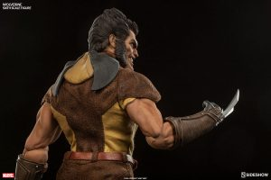 marvel-wolverine-sixth-scale-100176-06