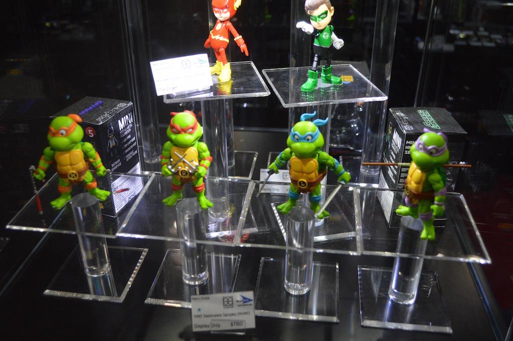 NYTF 2016 – Bluefin: Teenage Mutant Ninja Turtles Hero Cross Figures