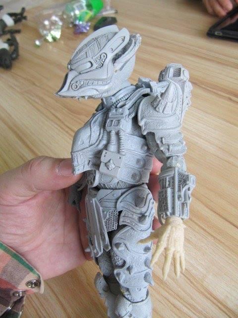 NECA Toys Predator Series 16 – Stalker Predator Unpainted Tooling Model Shown