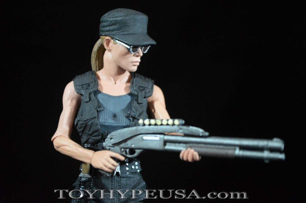 NECA Toys Terminator 2 Ulimate Sarah Connor Review