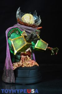 Gentle Giant Villain Zombies - Zombie Mysterio Mini Bust 10