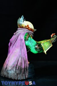 Gentle Giant Villain Zombies - Zombie Mysterio Mini Bust 15