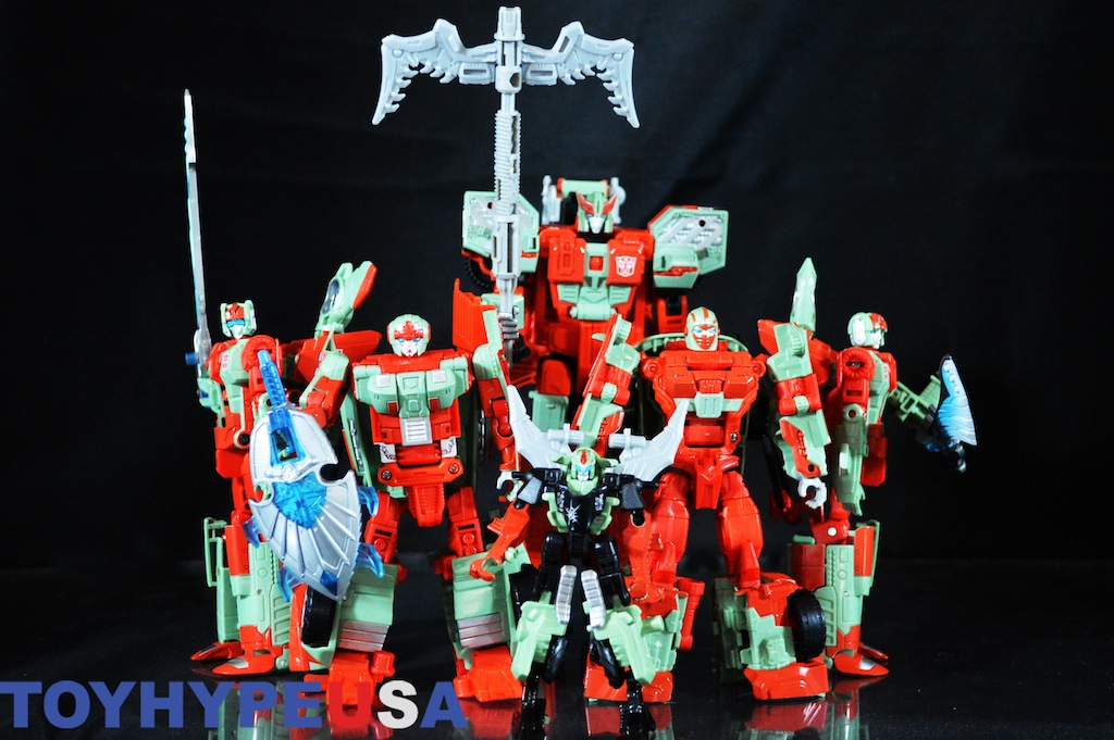 Hasbro Transformers Combiner Wars Victorion Torchbearers Boxed Set Review
