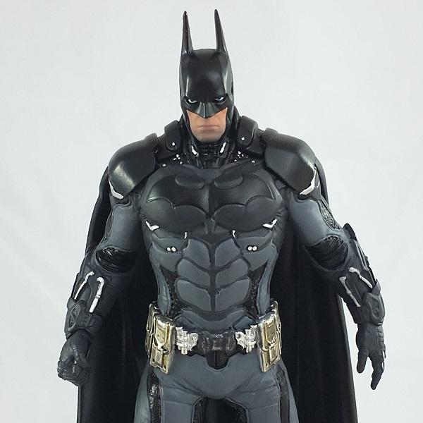 Icon Heroes Exclusive GameStop Batman: Arkham Knight Batman Statue Paperweight