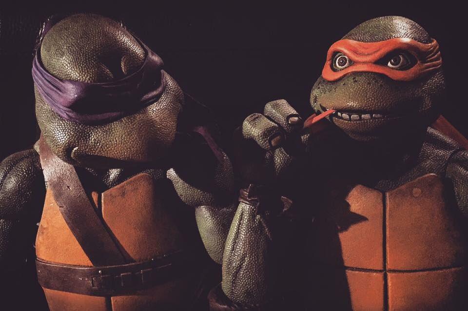NECA Toys Teenage Mutant Ninja Turtles 1990 Movie 1/4″ Scale Figure Previews