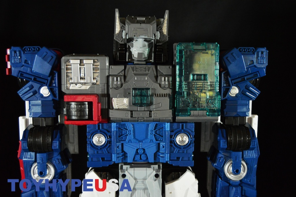 Hasbro Transformers Titans Return Titan Class Fortress Maximus Review