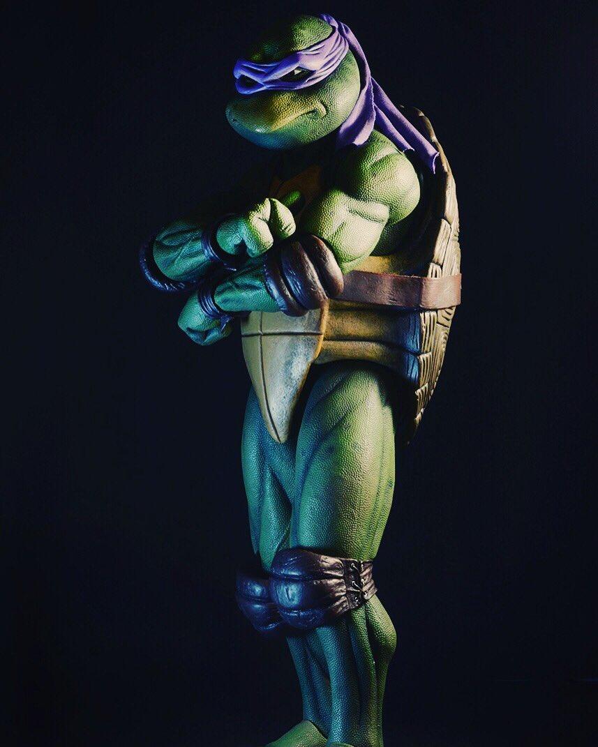 NECA Toys Teenage Mutant Ninja Turtles 1/4″ Scale Donatello New Images Revealed