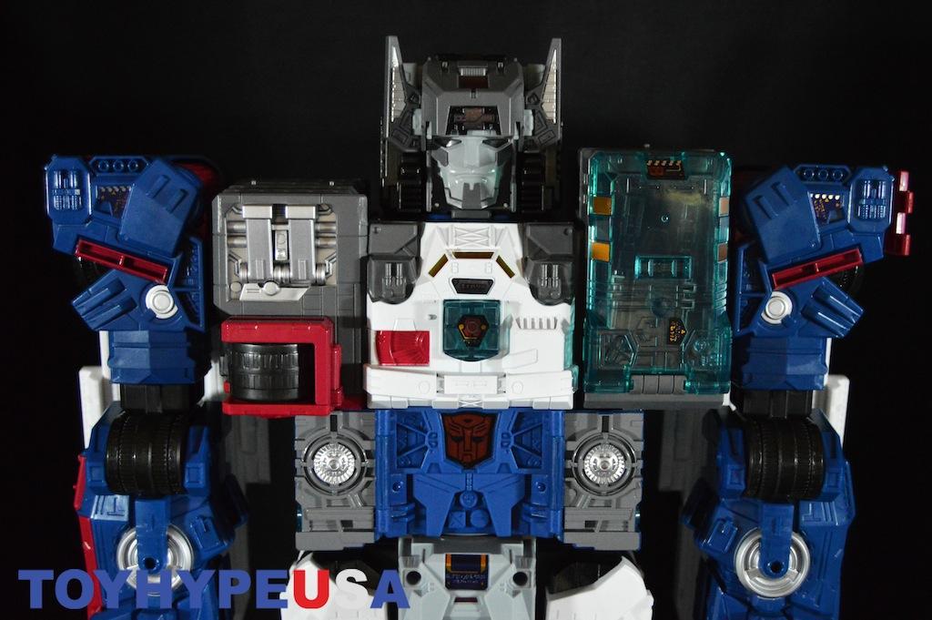 SDCC 2016 Exclusive Hasbro Transformers Titans Return Titan Class Fortress Maximus Review
