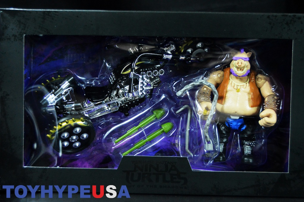SDCC 2016 Exclusive Playmates Toys TMNT: Out Of The Shadows Bebop With Warthog Trike Review