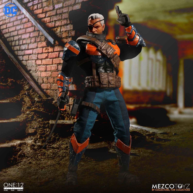 Mezco Toyz One:12 Collective Deathstroke Figure Pre-Orders
