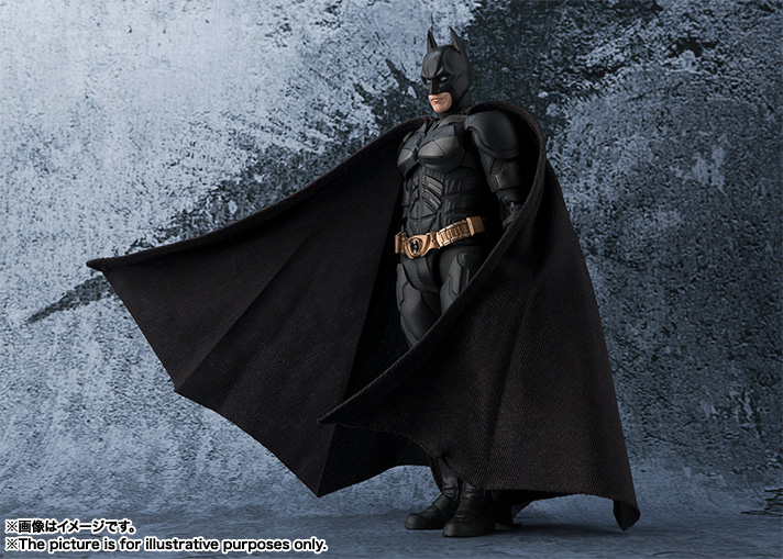 S.H. Figuarts The Dark Knight – Batman Figure Official Details & Images
