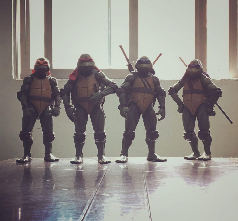 NECA Toys Teenage Mutant Ninja Turtles 1/4″ Scale Group Image