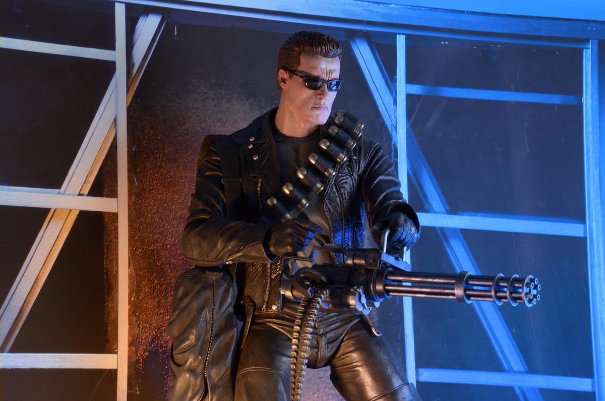 NECA Toys Terminator 2 1/4″ Scale T-800 Figure
