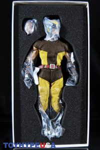 Sideshow Collectibles Wolverine Sixth Scale Figure 05