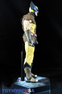 Sideshow Collectibles Wolverine Sixth Scale Figure 14