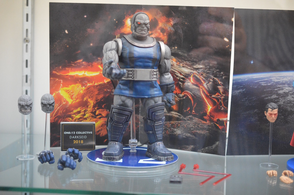 NYTF 2017 – Mezco Toyz Booth Coverage – One:12 Collective Marvel, DC & More