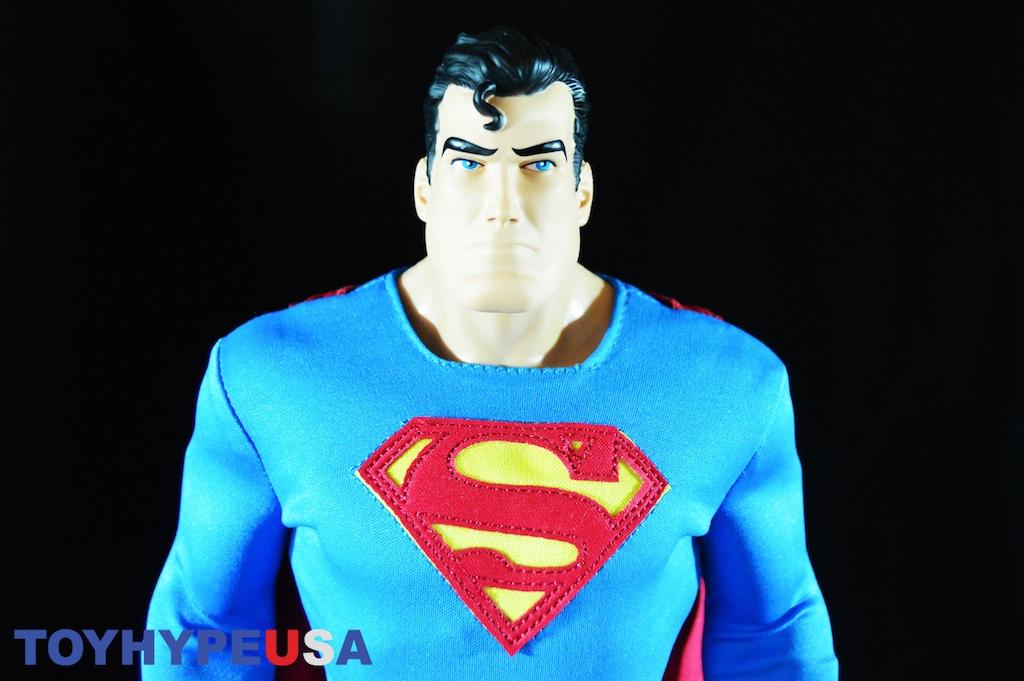 First-Look: JAKKS Pacific Big Figs Tribute Series DC Originals 19″ Superman Review