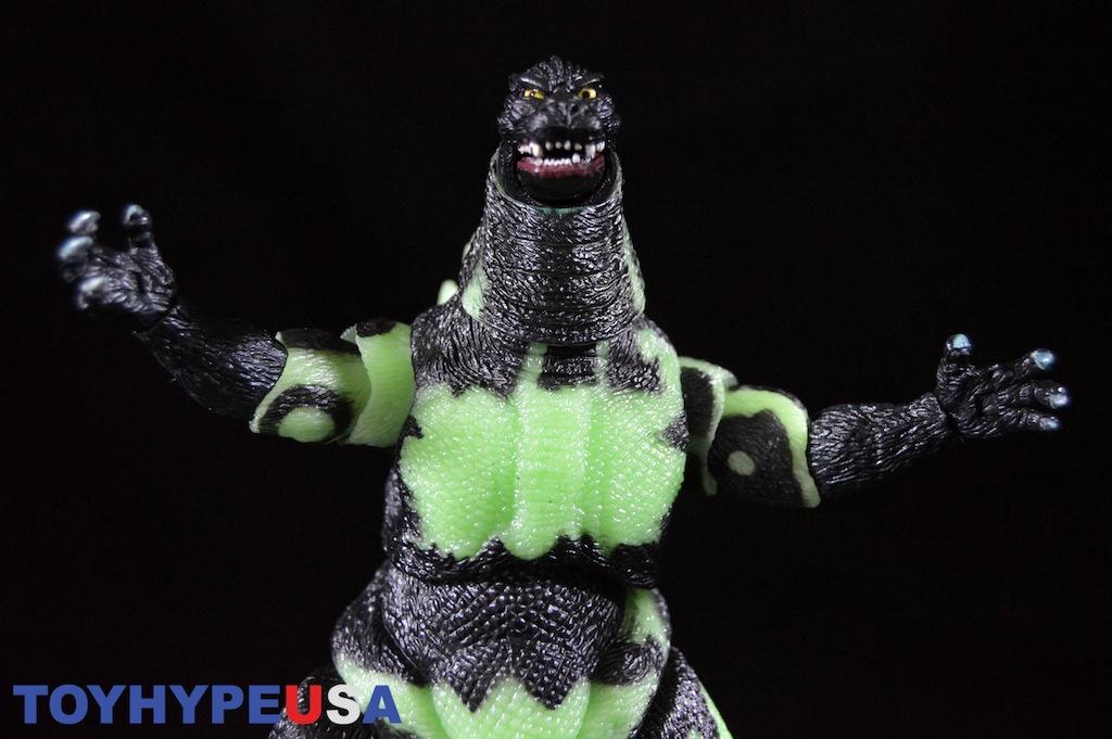 NECA Toys Reactor Glow Godzilla 12″ Head-To-Tail Figure Review