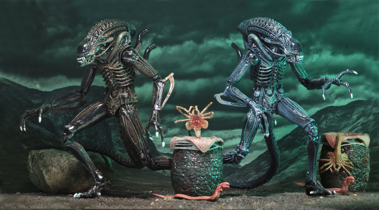NECA Toys Ultimate Alien Warriors Figures Available Now