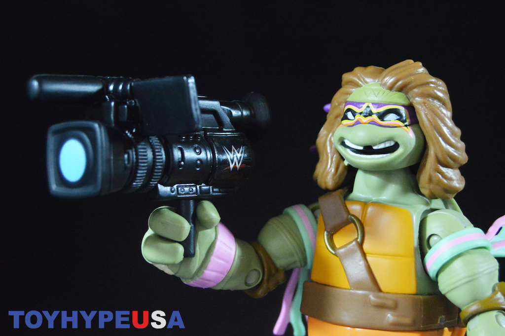 Playmates Toys Teenage Mutant Ninja Turtles WWE Donatello As Ultimate Warrior 6″ Figure Review