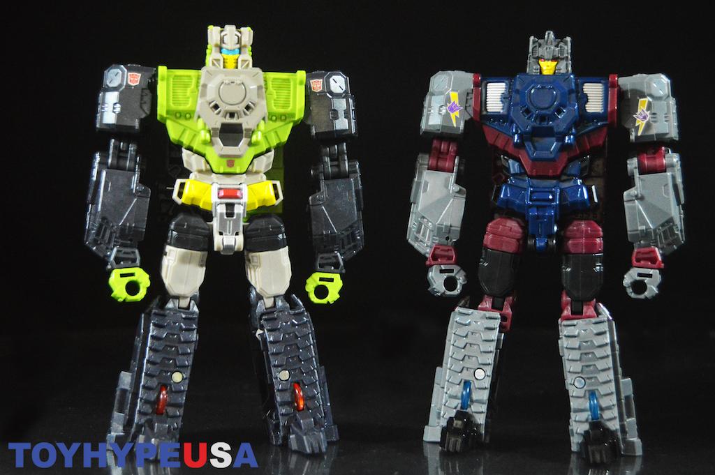 Hasbro Transformers Titans Return Decepticon Quake & Chasm Figure Review