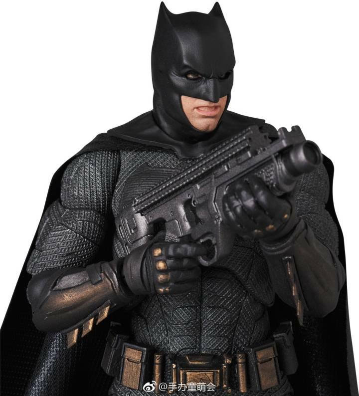 Mafex Batman Begins Scarecrow & Justice League Movie Official Product Images
