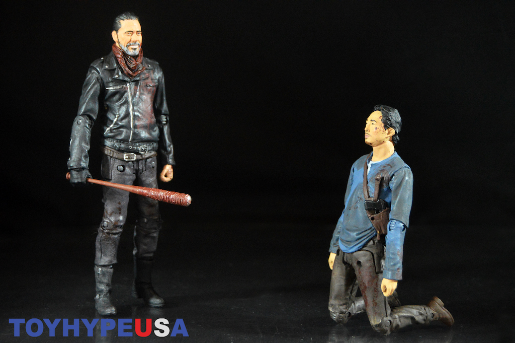 McFarlane Toys The Walking Dead Negan & Glenn Deluxe Box Set 2-Pack Review