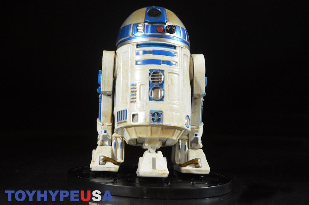 Disney Store Exclusive Star Wars: The Last Jedi R2-D2 Figure Review