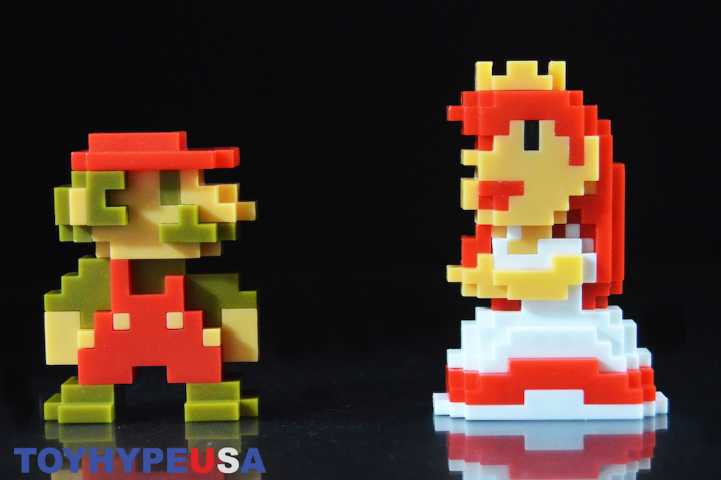 JAKKS Pacific SDCC 2017 Exclusive World Of Nintendo Super Mario & Princess Peach 8-Bit Mini-Figures 2-Pack Review