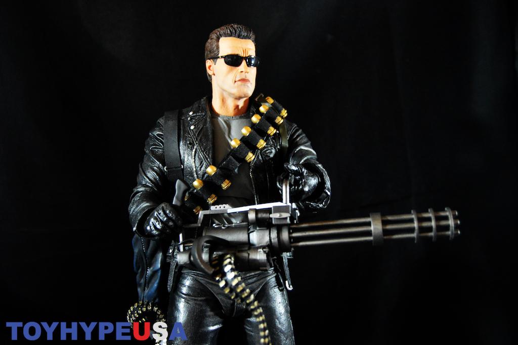 NECA Toys Terminator 2 1/4″ Scale T-800 Figure Review