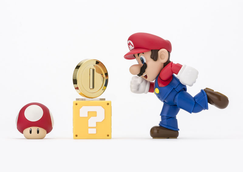 S.H. Figuarts Super Mario Brothers Mario New Package Version