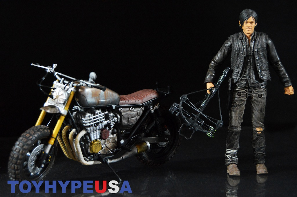 McFarlane Toys The Walking Dead TV Series – Daryl Dixon With New Bike Deluxe Boxed Set Review